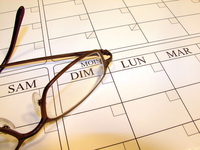 glasses-on-calendar-1241018